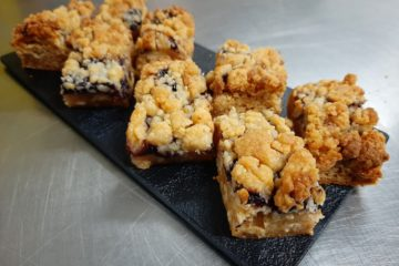 Sliced Blueberry Bars